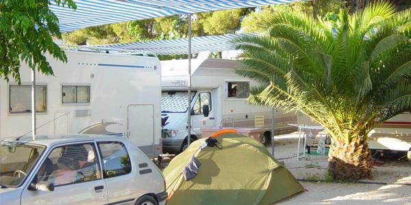 Zona acampada Camping Bon Sol