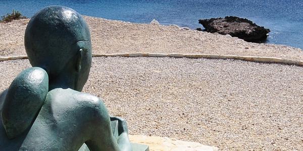 Esculturas de Voramar en la zona de la Illeta
